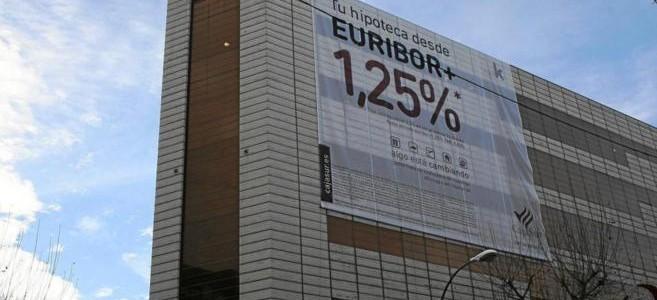 edificio-hipoteca-cartel-publicitario-euribor